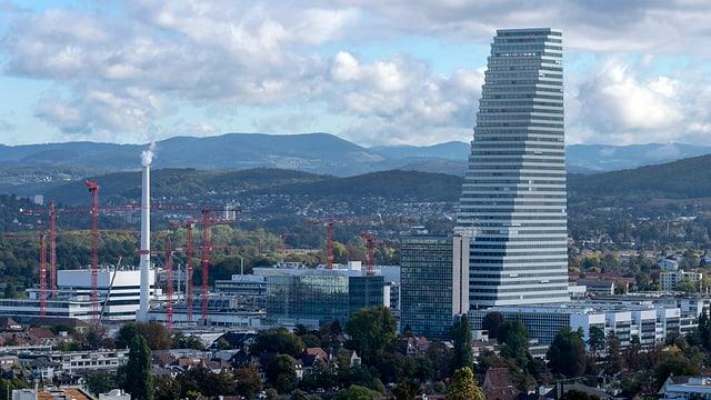 Basilea cun Roche-Tower.