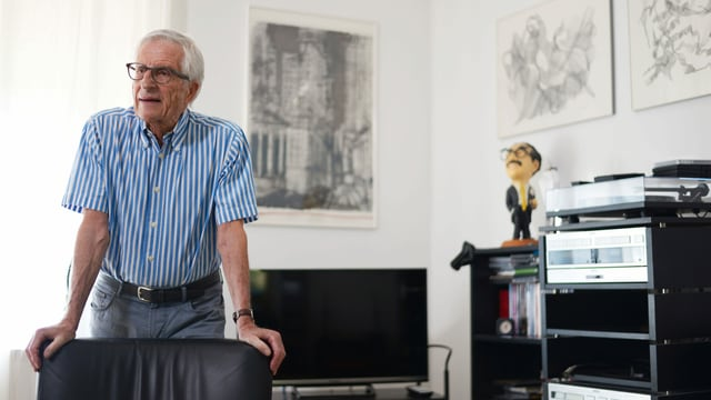 Rolf Lyssy in seiner Zürcher Wohnung.