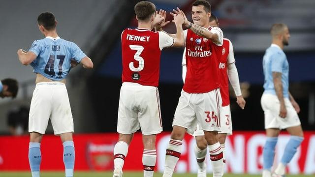 Granit Xhaka und Arsenal stehen im Final des FA Cups.