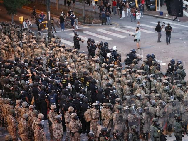 Sicherheitskräfte in LA