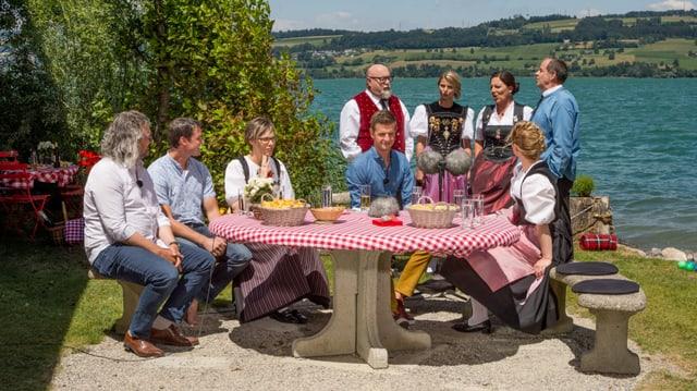 Video «Potzmusig Sommerplausch: «Gesang & Jodel»» abspielen