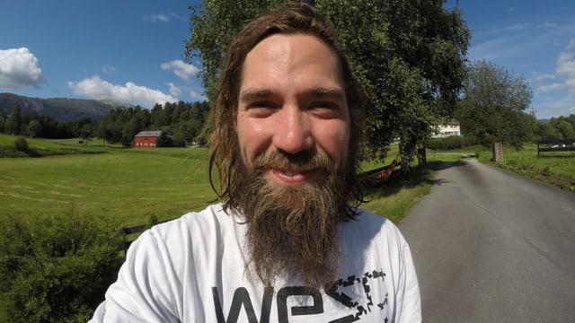 Video «Kajak extrem: ein wilder Start in Norwegen (1/4)» abspielen