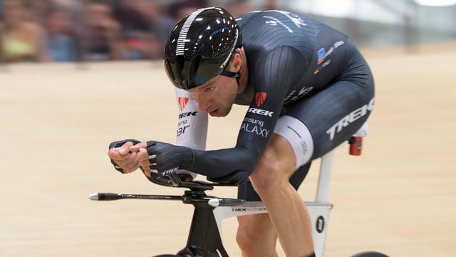 Nahaufnahme von Jens Voigt auf seinem Rad