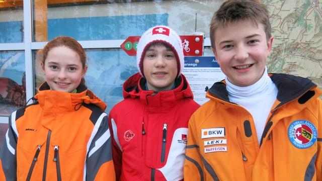 Adelbodner Skinachwuchs: Valérie Käch (12), Kevin Oester (12) und Björn Stoller (13).
