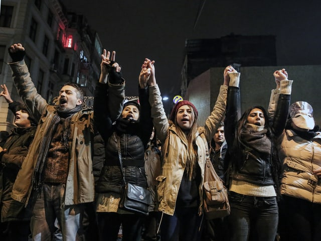 Protestierende in Istanbul.