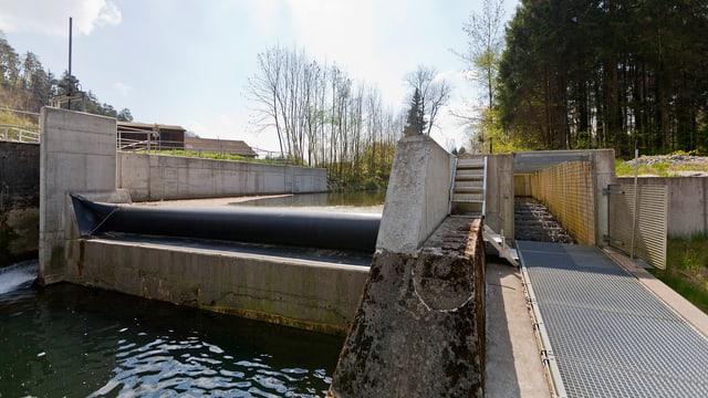 Das kleine Wasserkraftwerk Murkhart bei Frauenfeld.