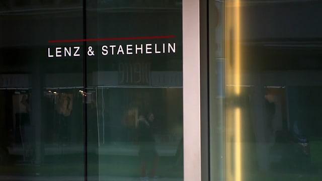 Glasfront mit Schriftzug Lenz & Staehelin.