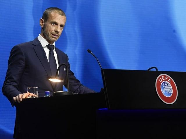 Uefa-Präsident Aleksander Ceferin am Rednerpult