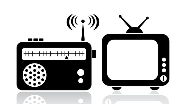 Zeichnung: Radio und Fernseher