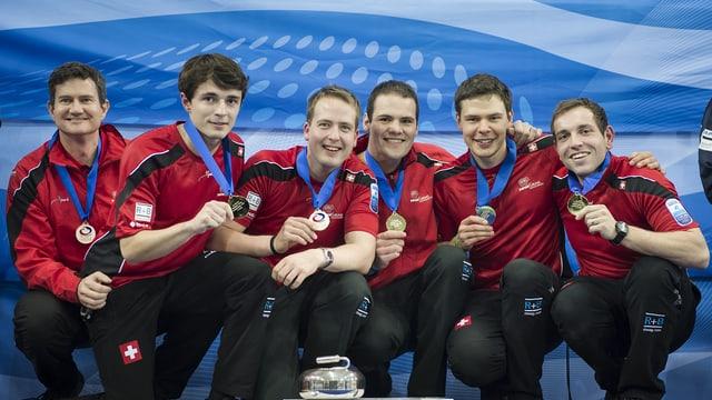 Das Team um Skip Sven MIchel (r.).