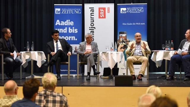 Patrick Künzle (SRF), Christoph BUser (FDP), Hans Furer (GLP), Claude Janiak (SP) und Bojan Stula (Basellandschaftliche Zeitung)