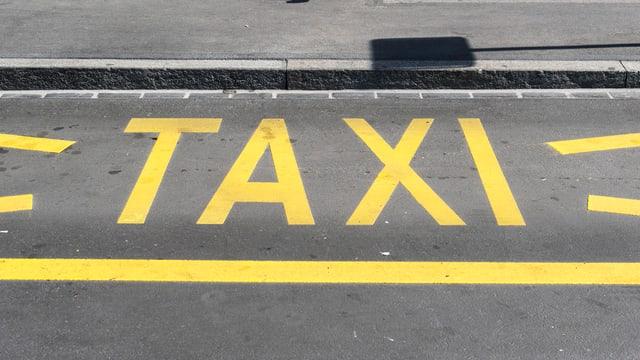 Taxi Bodenmarkierung