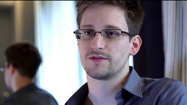 Portrait von US-Whistleblower Edward Snowden