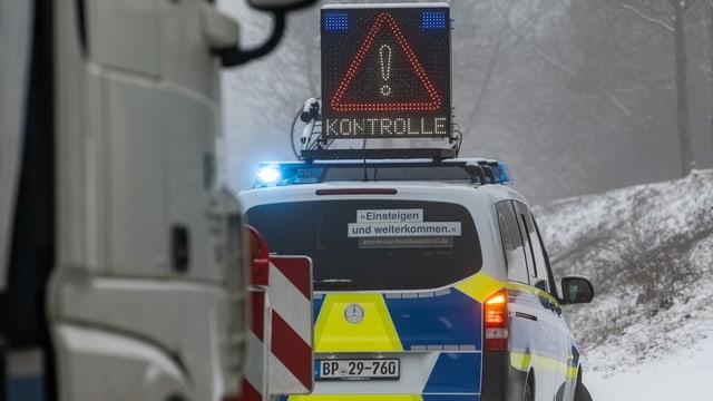 Polizeikontrolle an der Grenze zu Tschechien.
