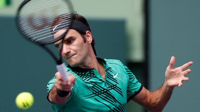 purtret da Roger Federer