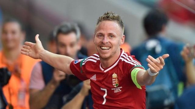 Balazs Dzsudzsak po traglischar - el ha fatg dus gols per l'Ungaria.