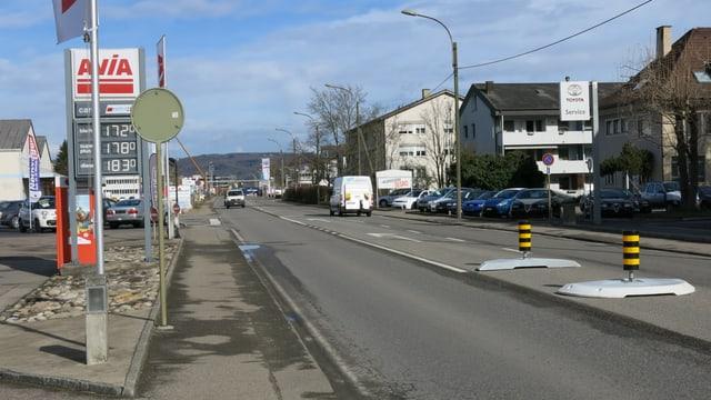Blick auf die alte Rheinstrasse.