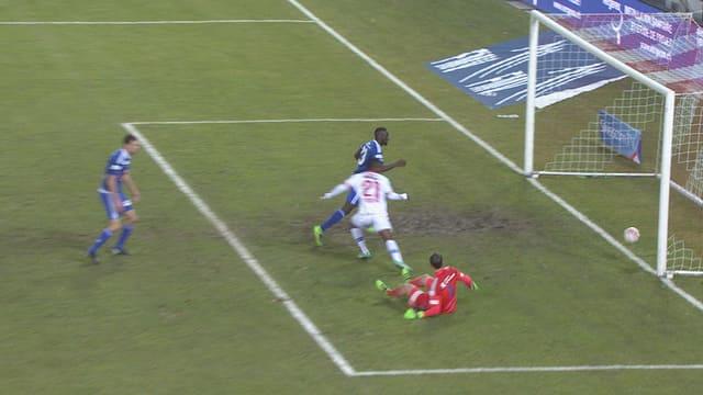 Ebenezer Assifuah erzielt das 2:0.