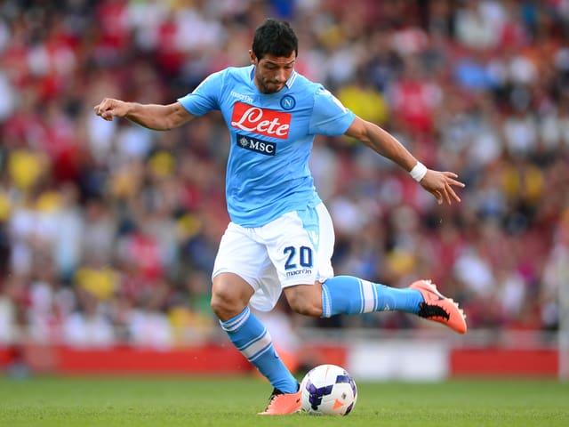In seiner zweiten Saison bei der SSC startete der 27-jährige Mittelfeldspieler so richtig durch. Sowohl bei Napoli als auch in der Schweizer Nationalmannschaft machte Dzemaili Gökhan Inler den Platz als Regisseur vermehrt streitig.