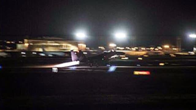 Ein F-15C-Kampfjet der US-Airforce startet von der Kadena Air Base in Japan. Die Jets begleiteten die B1B-Bomber.