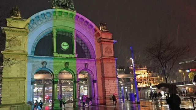 Lichtshow am Bahnhof Luzern