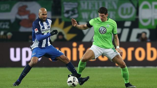 John Anthony Brooks wechselt zu Wolfsburg, wo er auf Mario Gomez trifft.