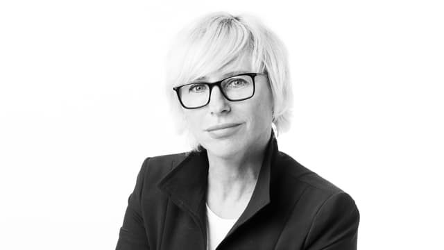 Katrin Döveling, Schwarz-Weiss-Porträt.