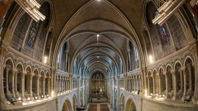 Blick in die Kathedrale von Lausanne.