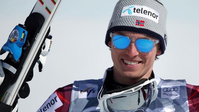 Henrik Kristoffersen mit einer Mütze mit der Aufschrift «telenor».