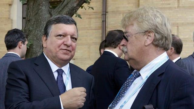 Brok (rechts) neben dem ehemaligen EU-Kommissionspräsident José Manuel Barroso