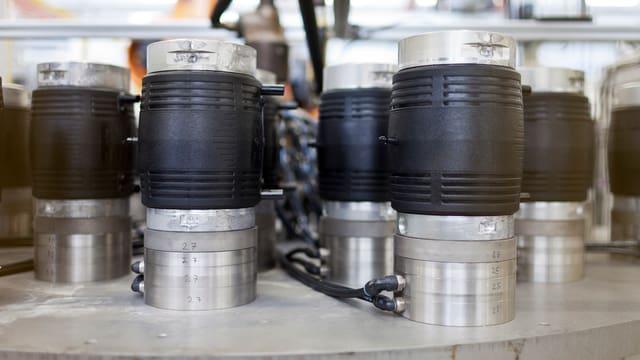 Fertig gespritzten Elektroschweissmuffen in der Fertigungshalle der Georg Fischer AG