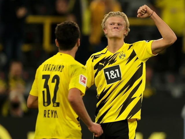 Der 20-jährige Norweger trifft zum Bundesliga-Auftakt doppelt.