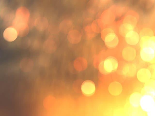 Unscharfes Foto einer Lichteinstrahlung.