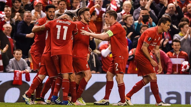 L'equpia da Liverpool durant il mezfinal da l'Europa League cunter Villarreal