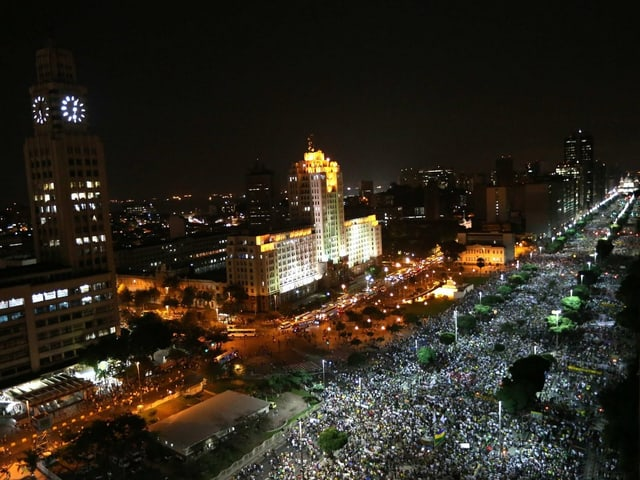 Demonstrationszug in Rio.