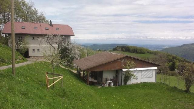 Die einzige Bergschule im Kanton Solothurn hoch über dem Mittelland auf dem Brunnersberg.