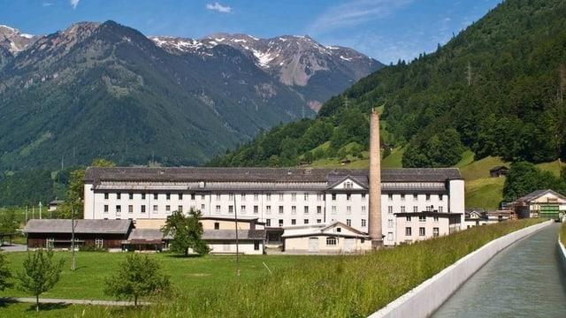 Textilfabrik bei Haslen im Kanton Glarus.