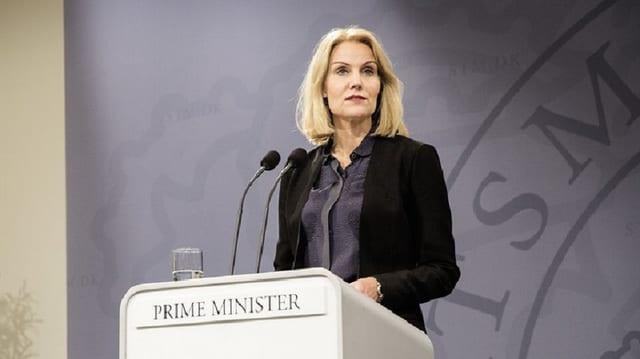 La primministra Helle Thorning-Schmidt fa vinavant frunt a la gruppa da terror Stadi islamic.