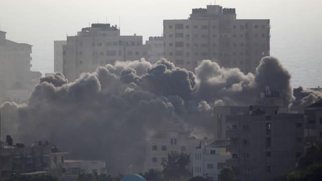 Rauchwolke über Gaza-Stadt.