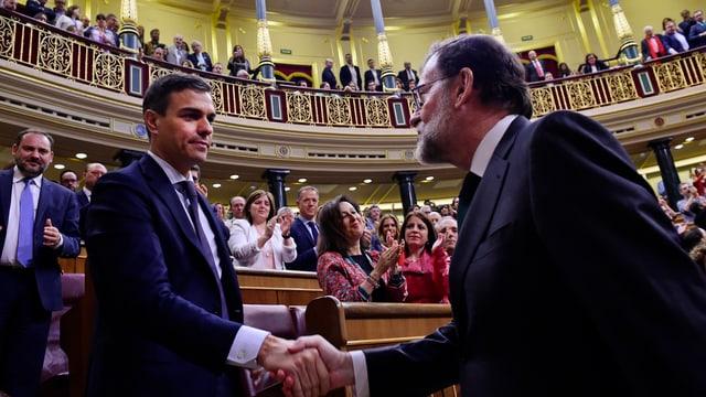 Pedro Sánchez könnte jetzt den entmachteten Ministerpräsidenten Rajoy beerben.
