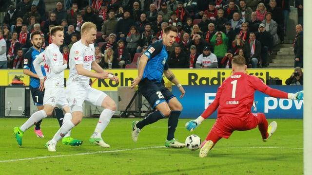 Niklas Süle im Angriff