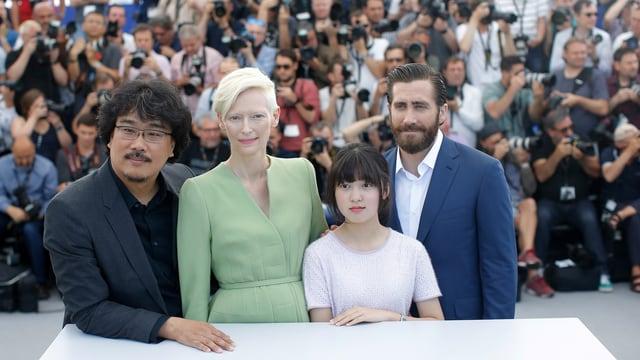 Regisseur Bong Joon-ho,  Tilda Swinton, Seo-Hyeon Ahn und Jake Gyllenhaal (v.l.n.r.)