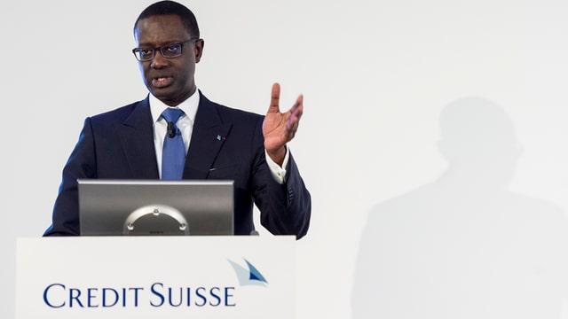 Tidjane Thiam da la banca Credit Suisse.