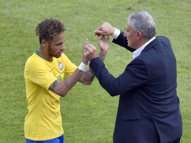 Starspieler Neymar und Coach Tite.