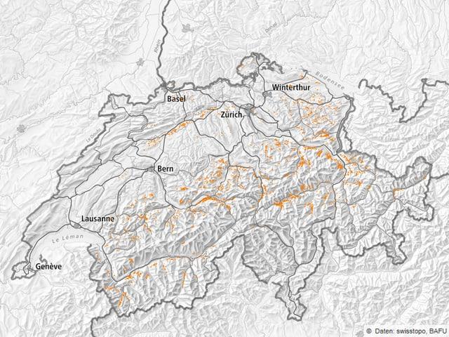 Karte mit Sturmschäde an den Voralpen vor allem an den Alpen und Voralpen.