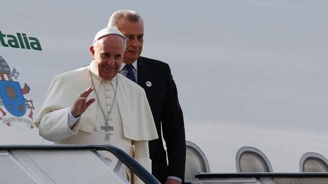 Il papa Francestg che sorta d'in aviun.