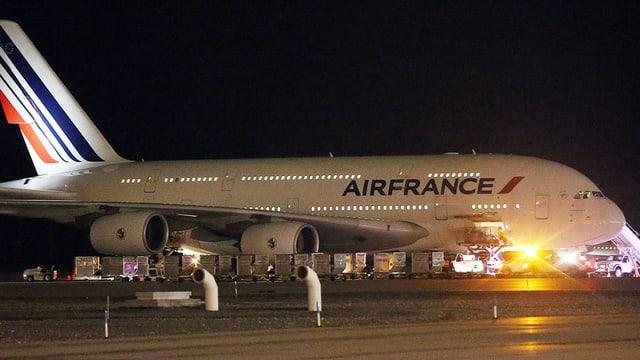 In dals aviuns da l'Air France ch'ha stuì sa tschentar a Salt Lake City.