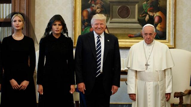 Donald Trump e papa Francestg