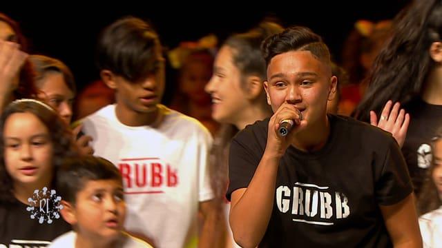 Video «Ich kann das: Gabriel – Ein Roma rappt für seine Zukunft (14/15)» abspielen