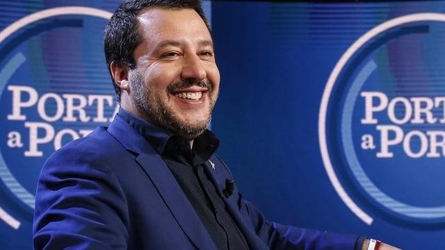 Fünf-Sterne-Basis lehnt Prozess gegen Salvini ab (Artikel enthält Video)